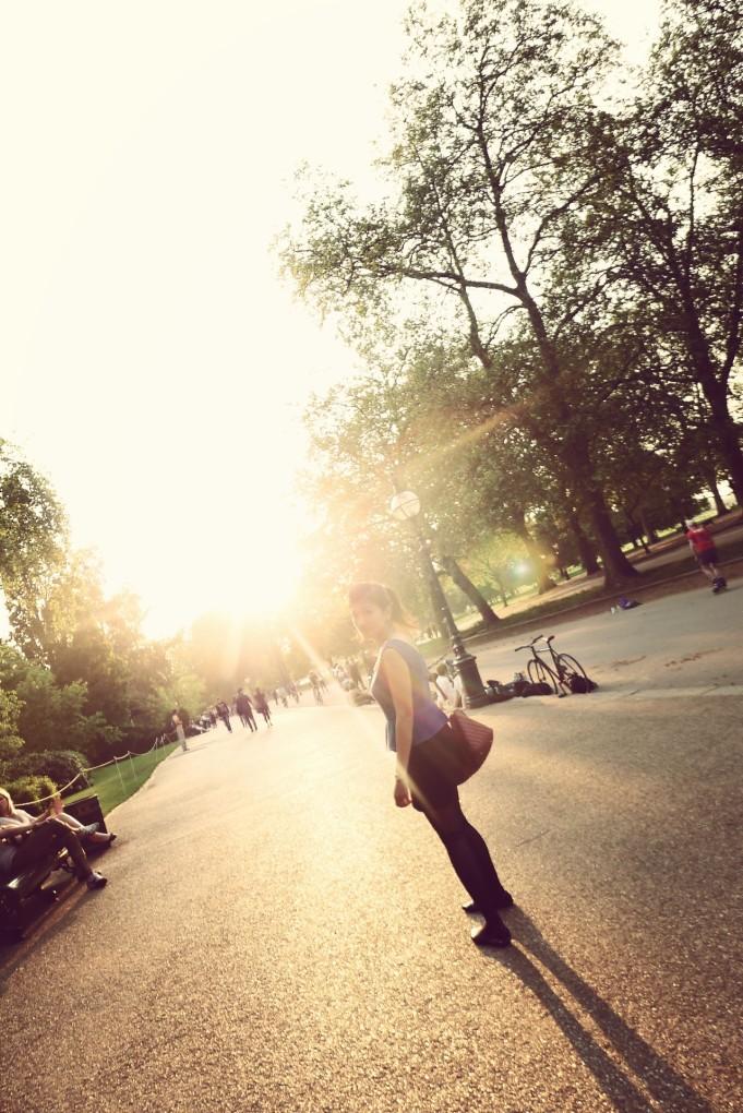 Eryn London 29