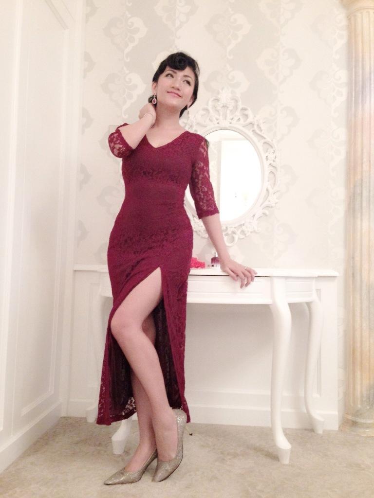 slit dress vintage girl