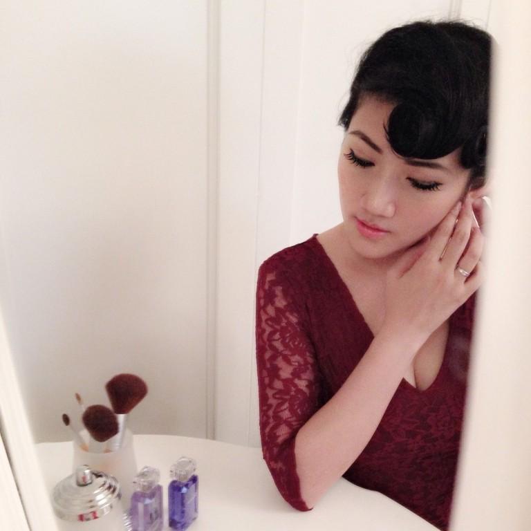 girl dressing table maroon dress