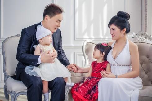 Millionmars Family Portrait