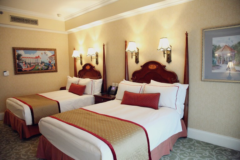HK Disneyland Hotel Millionmars 4