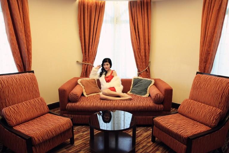 red-dress-girl-1