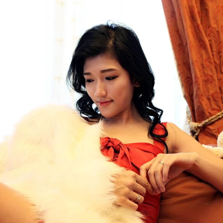 red-dress-girl-7